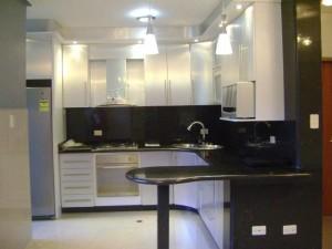 exclusivo apartamento en venta,base aragua,maracay,1100000 bsf, www.vendoya